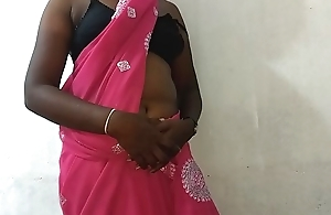 desi indian tamil telugu kannada malayalam hindi horny cheating wife vanitha wearing X-rated colour saree showing big boobs and shaved pussy press hard boobs press nip rubbing pussy masturbation