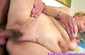 Saggy grandmas hairy pussy fucked after oral