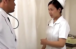 Japanese doctor fucked his nurse in front be useful to patient (Full: bit.ly/2T1Jqkd)