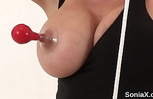 Unfaithful british mature gill ellis unveils her massive boobs