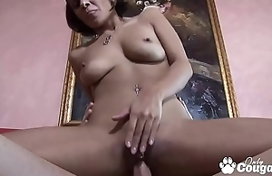 MILF Vanessa Leon Gets A Creampie In Her Pock-marked Pussy